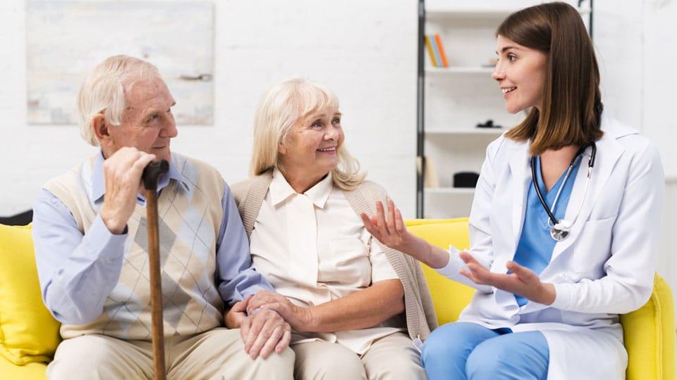 3 passos para cuidar dos idosos